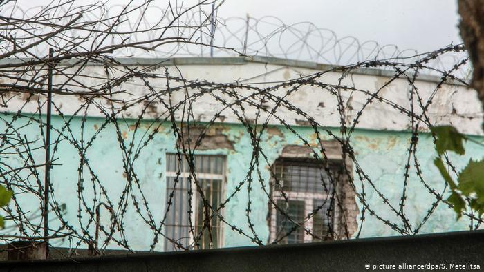 Домашний арест фигурантам дела о пытках в колонии