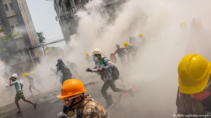 В ООН осудили действия силовиков в Мьянме